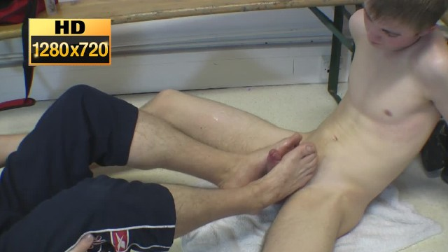 Teen Twink Footjob And